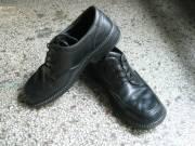 Продаю межсезонные ботинки